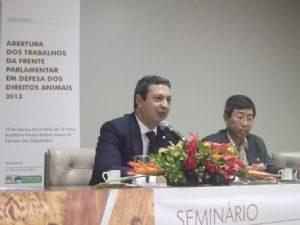g n 125 8l6p 300x225 - Dep. Ricardo Izar promove evento para a abertura dos trabalhos da Frente Parlamentar em Defesa dos Direitos Animais no ano de 2013