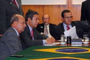 g n 168 1n8r - Izar e deputados pessedistas garantem inclusão da CPI dos Maus Tratos Animais na pauta