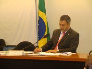 g n 181 4l2p 300x225 - Agência Câmara Notícias: Eventual renúncia de Vargas não interrompe processo no Conselho de Ética