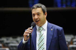 g n 18 5r2u 300x200 - Deputado Ricardo Izar é considerado o 2° melhor Deputado Federal do Brasil e o 1° de São Paulo!