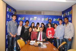g n 227 8e6i - 23/5/2014 - Deputado Ricardo Izar (PSD/SP) conversou no último dia 21, com os jovens que fazem parte do projeto Vereadores Mirins da cidade de Piratininga/SP.