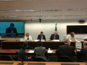 g n 290 9k7n 1 300x225 - Estadão: STF nega pedido de paralisação de processo contra Vargas no Conselho de Ética