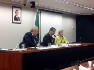 g n 318 4s1v 300x225 - Estadão: Conselho de Ética aprova cassação de André Vargas