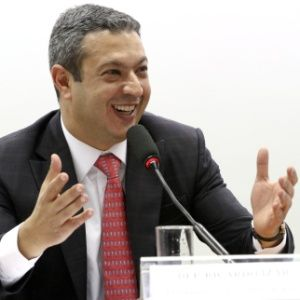 g n 382 2w8i - Dep. Ricardo Izar pede fiscalização e medidas duras contra a Pirataria