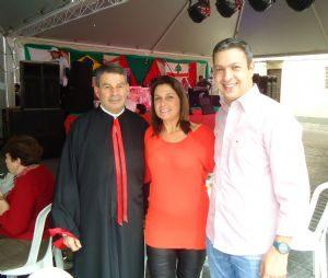 g n 62 9m6p 300x254 - Dep. Ricardo Izar participa da Quinta Festa Nossa Senhora do Líbano
