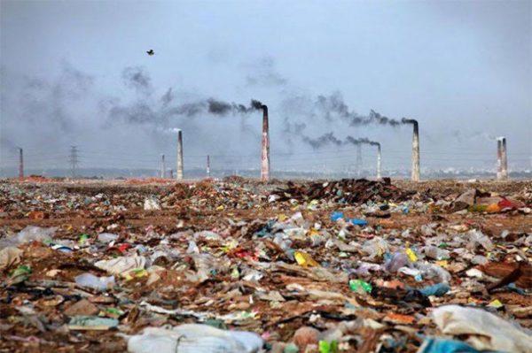 16 imagenes ensordecedoras que reflejan las consecuencias de la contaminacion del medioambiente 1477644170 600x399 - 10 Imagens chocantes que refletem as conseqüências da poluição constante do meio ambiente