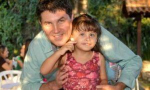 xJose Muniz com Maria Julia.jpg.pagespeed.ic .xx MSq2WgE 300x180 - Metade das crianças autistas no Rio está fora da escola, diz pesquisa